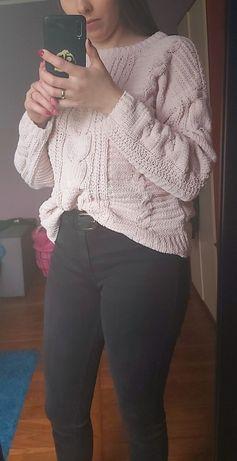 Sweter pleciony mięciutki