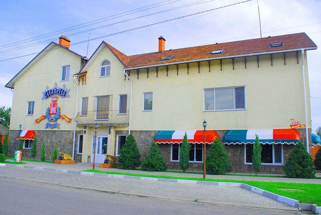 Citadella. Скадовськ. Приватний готель з басейном та рестораном