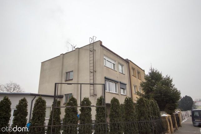 Duży DOM w Poznaniu! 3 mieszkania I 2 garaże OGRÓD