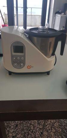 Robot de cozinha Cooksy, da Ideia Casa completo