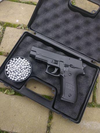 Пистолет пневматический,Airsoft (страйкбол)