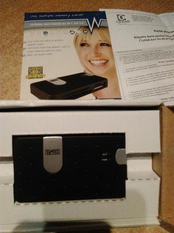 Czytnik kart pamięci ALL-IN-1 USB 2.0 z karta pamięci 2GB