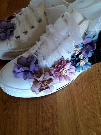 tenisówki trampki w kwiaty Hegos