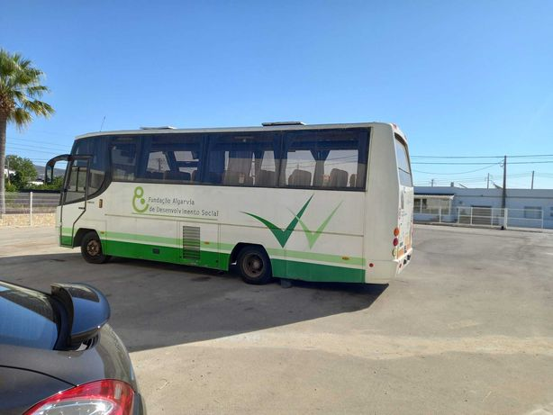 Autocarro MAN 10-225