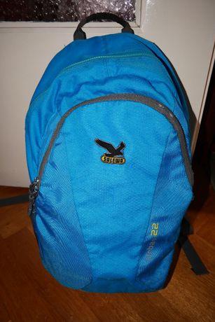 Plecak turystyczny szkolny na A4 i laptop Salewa Urban niebieski 22 l