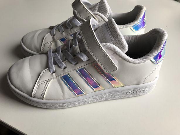 Buty adidas holograficzne 30,5
