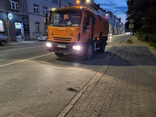 Wynajem zamiatarki czyszczenie dróg sprzątanie drogi chodników Polska