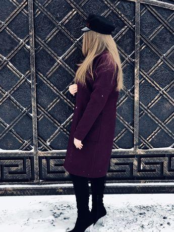 Пальто осіннє