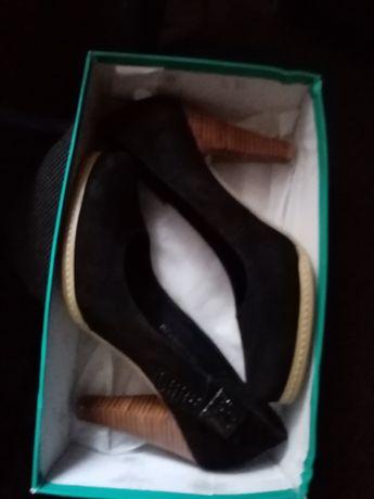 Туфли(не вредимые)