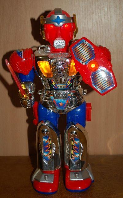Робот на батарейках.