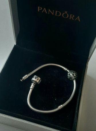 Bransoletka Pandora z charmsem