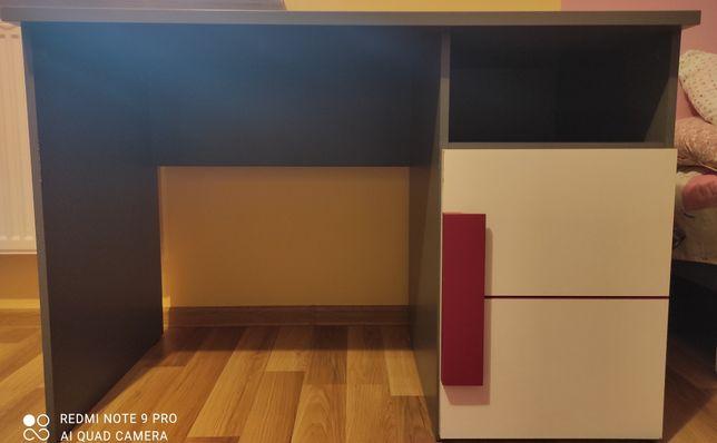 Biurko różowo- białe dla dziewczyn