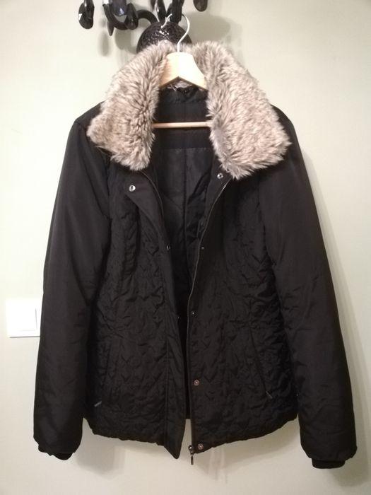 Kurtka czarna zimowa Reserved 40 42 kożuch Koszary - image 1
