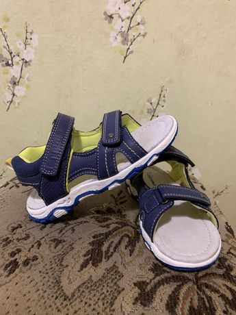 Sandałki chłopięce Coccodrillo 30