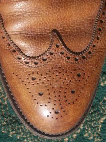 Туфлі crockett and jones