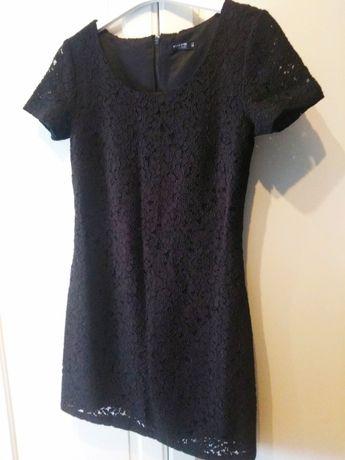 Reserved sukienka koronka gipiura czarna