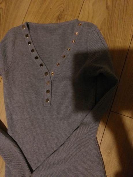 Sukienka sweterkowa szarą 36-38