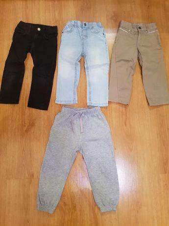 Spodnie dziecięce 4 szt. za 25 zł (Levi Strauss) 92cm.