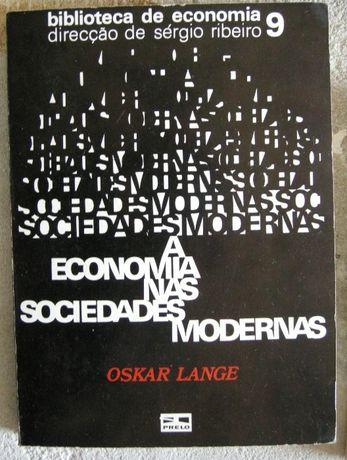"""Livro """"a economia nas sociedades modernas"""" Oskar Lange"""
