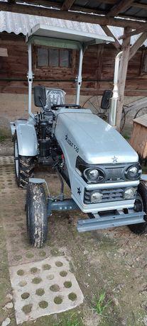 Traktorek ogrodniczy scout T25
