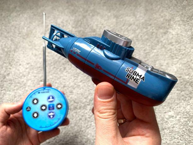 Подводная лодка в аквариум с пультом управления