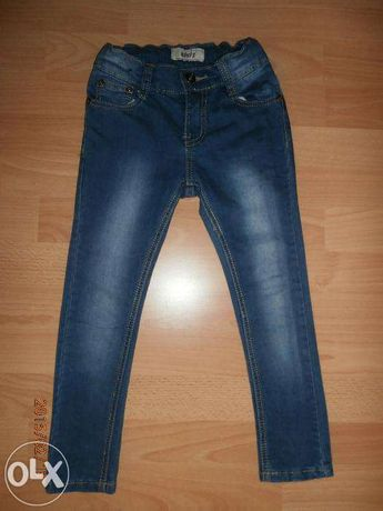 Spodnie jeansowe dla dziewczynki.R.116.Wąskie nogawki.