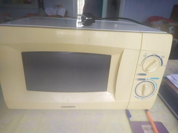 Микроволновая печь Delfa DMO-170M