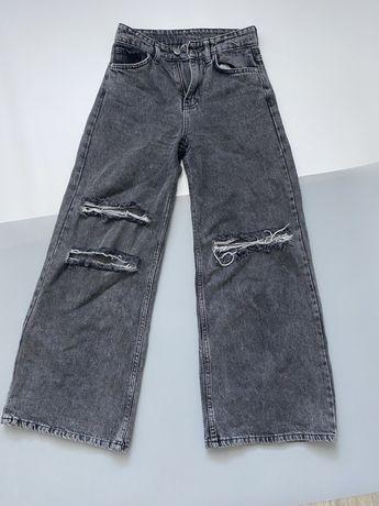 Джинсы трубы, широкие джинсы, джинсы клеш