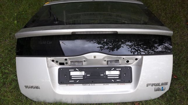 Klapa do Toyota Prius P2