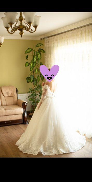 Продаю весільну  сукню з Мілану Черновцы - изображение 1