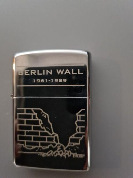 Isqueiro Zippo Muro de Berlim novo