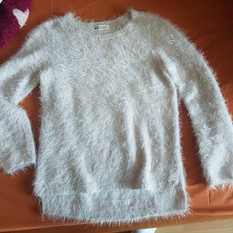 Sweterek dla dziewczynki - bardzo cieply