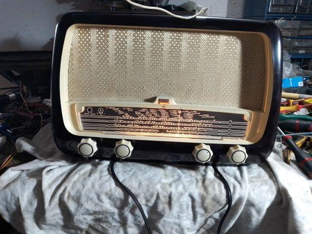 Rádio antigo MEDIATOR
