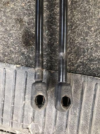 Амортизатор, тримач, упора для ляди, кришки багажника Т5 VW T5