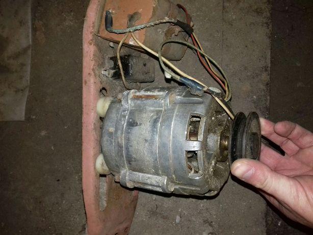 Двигатель на нождак