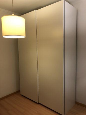 Roupeiro IKEA Pax - muita arrumaçao