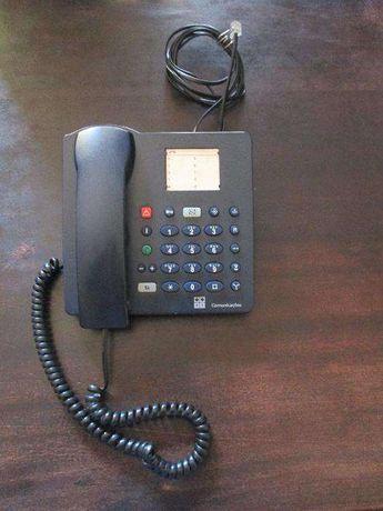 Telefones antigos vintage em bom estado