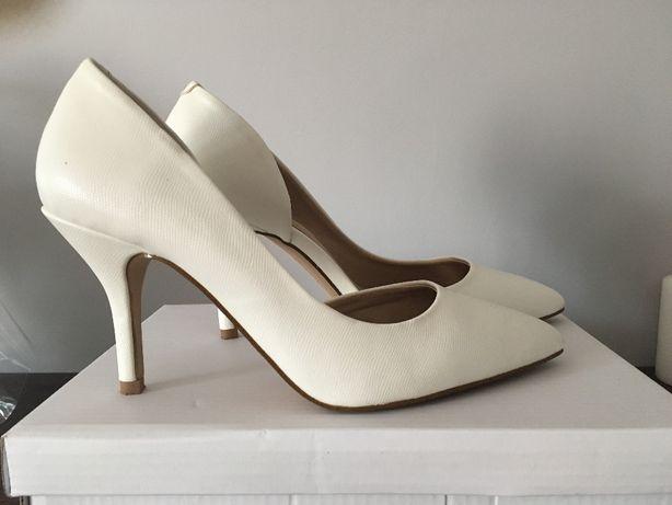 buty ślubne szpilki czółenka białe ALDO