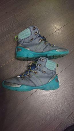 Ботинки ,кроссовки ecco.