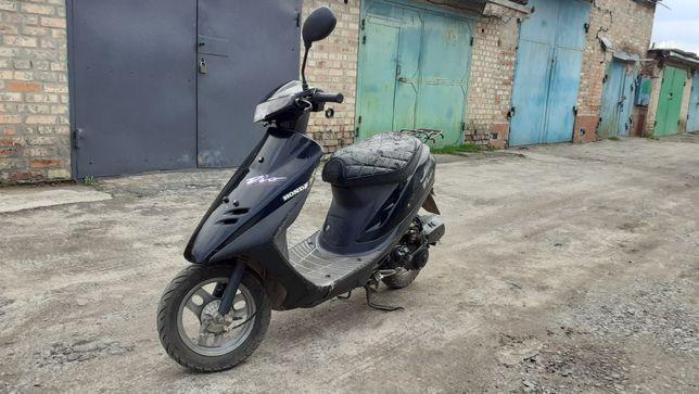 Продам скутер Honda Dio AF27