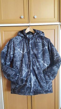 Продам осеннюю куртку подростковую reima