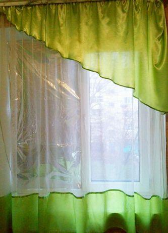 Зеленая шторка в кухню