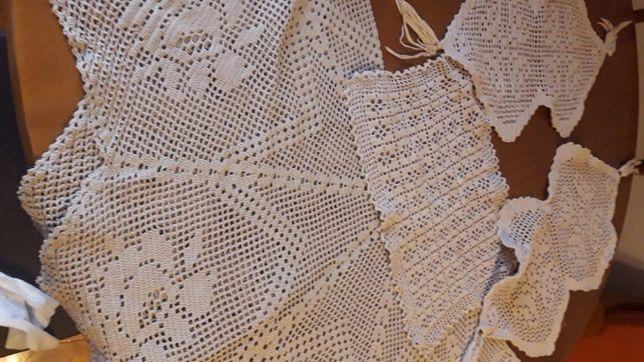 Naprons em crochet sala e quarto