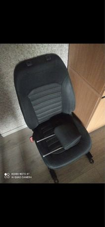 Водительское сиденье Ford Fusion 13-16