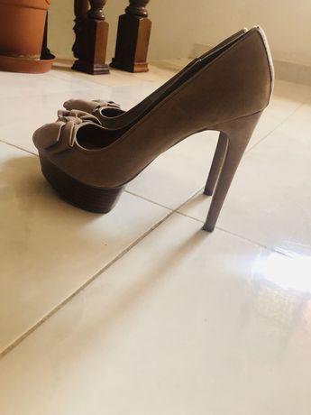 Sapato alto- varios modelos e marcas