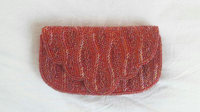 Elegancka mała torebka damska na przyjęcia wysadzana koralikami