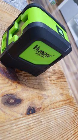 Laser huepar z zieloną wiązką