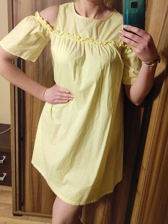 Urocza sukienka Top Secret