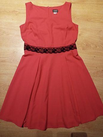 Czerwona sukienka Emo