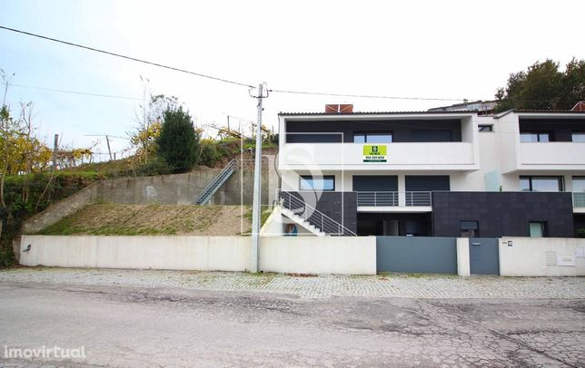 Moradia Geminada T3 Guimarães